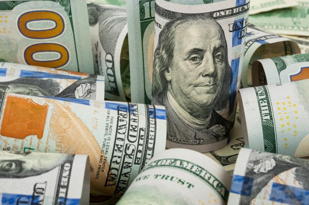 dólar em alta e juros futuros