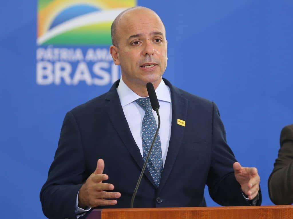 O secretário de Produtividade, Emprego e Competitividade do Ministério da Economia, Carlos Da Costa, disse que a medida provisória que altera regras do ambiente de negócios no País tem o potencial de levar o Brasil à 80ª posição do Doing Business do Banco Mundial.
