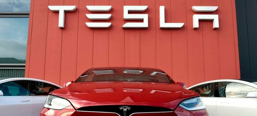 Montadora Tesla